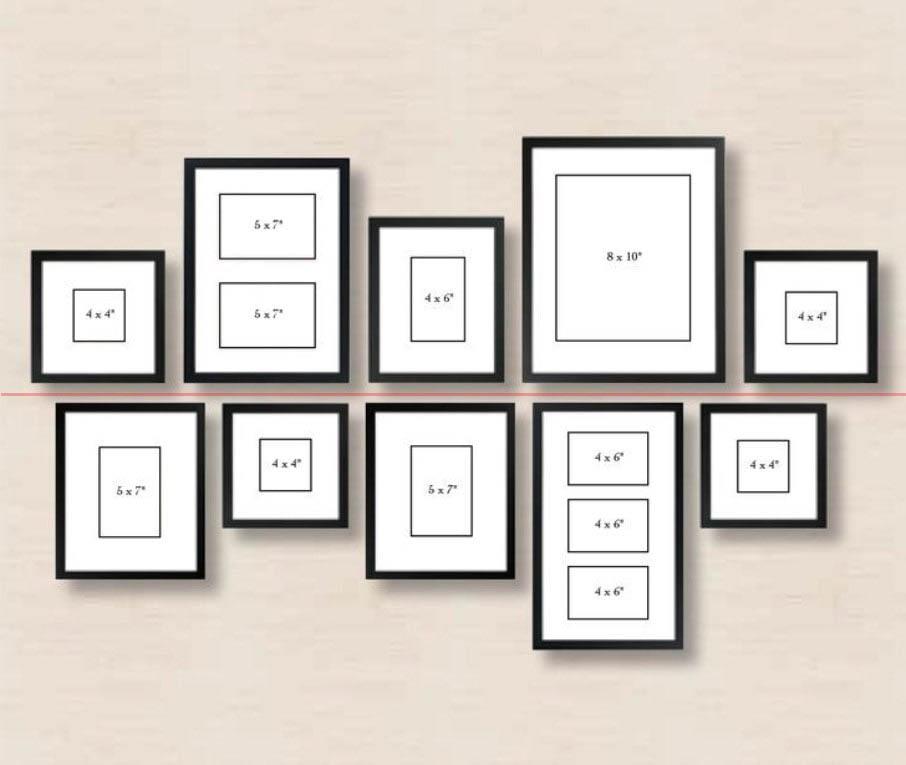 Симметричная развеска картин на стене.